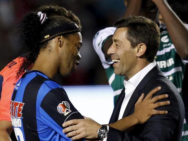 Oficial  Ronaldinho Gaúcho no Fluminense  63856555d3470