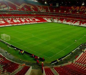 O reduto do Benfica é elogiado pela imprensa espanhola.