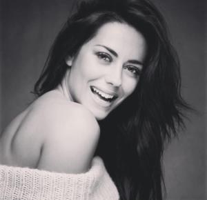 No Facebook, a atriz de 31 anos agradeceu o apoio dos fãs e aconselhou todas as mulheres a realizarem exames de rotina