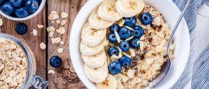 A papa de aveia é uma das refeições mais saudáveis e saciantes e com um pequeno 'segredo_ pode ainda ser altamente anti-inflamatória.