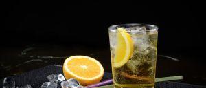 Os efeitos estimulantes da cafeína presente nas bebidas energéticas mascaram os efeitos que o álcool provoca, deixando as pessoas mais propensas a sofrer lesões.