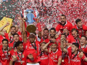 Guarda-redes do Benfica explica emoção após jogo com V. Guimarães