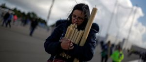 Milhares de pessoas começaram hoje a chegar, de manhã cedo, em Fátima
