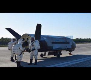 O X-37B foi lançado em órbita no dia 20 de maio de 2015 como parte da missão Orbital Test Vehicle (OTV) 4.