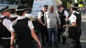 Homem que condicionou trabalho das equipas médicas, bombeiros e autoridades acabou detido.