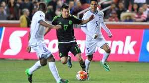 Lozano tem 21 anos e é avançado do Pachuca.