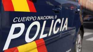 Mãe da criança estava a ser agredida por ex-namorado. Incidente aconteceu na Corunha.